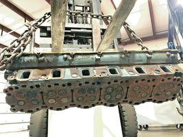 Detroit Series 60 14.0 Liter Diesel Engine Cylinder Head As Is OEM image 4