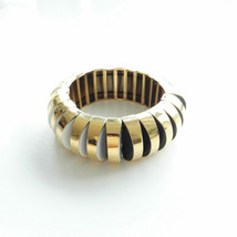 KATE SPADE NEW YORK SLICED SCALLOPS METAL STRETCH BRACELET NWT - $48.31