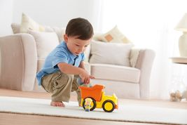 Fisher Price Little People Dump Truck - BDY81 - New image 3
