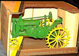 John Deere G (Collectors Edition) w/ Box (1/16 scale) AA20-JD8151 Vintage Collec