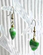 Elegant Green Art Glass Hearts Gold-tone Pierced Earrings 1970s vintage ... - $12.30