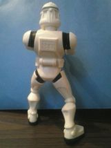 """STAR WARS STORM TROOPER WITH ACTION 7"""" TALL Hasbro LFL 2005 figure image 3"""