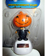 Figurine Solar Halloween Jack-O-Lantern Man Wiggles Head in Sunlight - £6.12 GBP