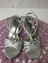 Nina Royal Silver Jeweled Strappy Sandal Heels Shoe size 7M - $15.00