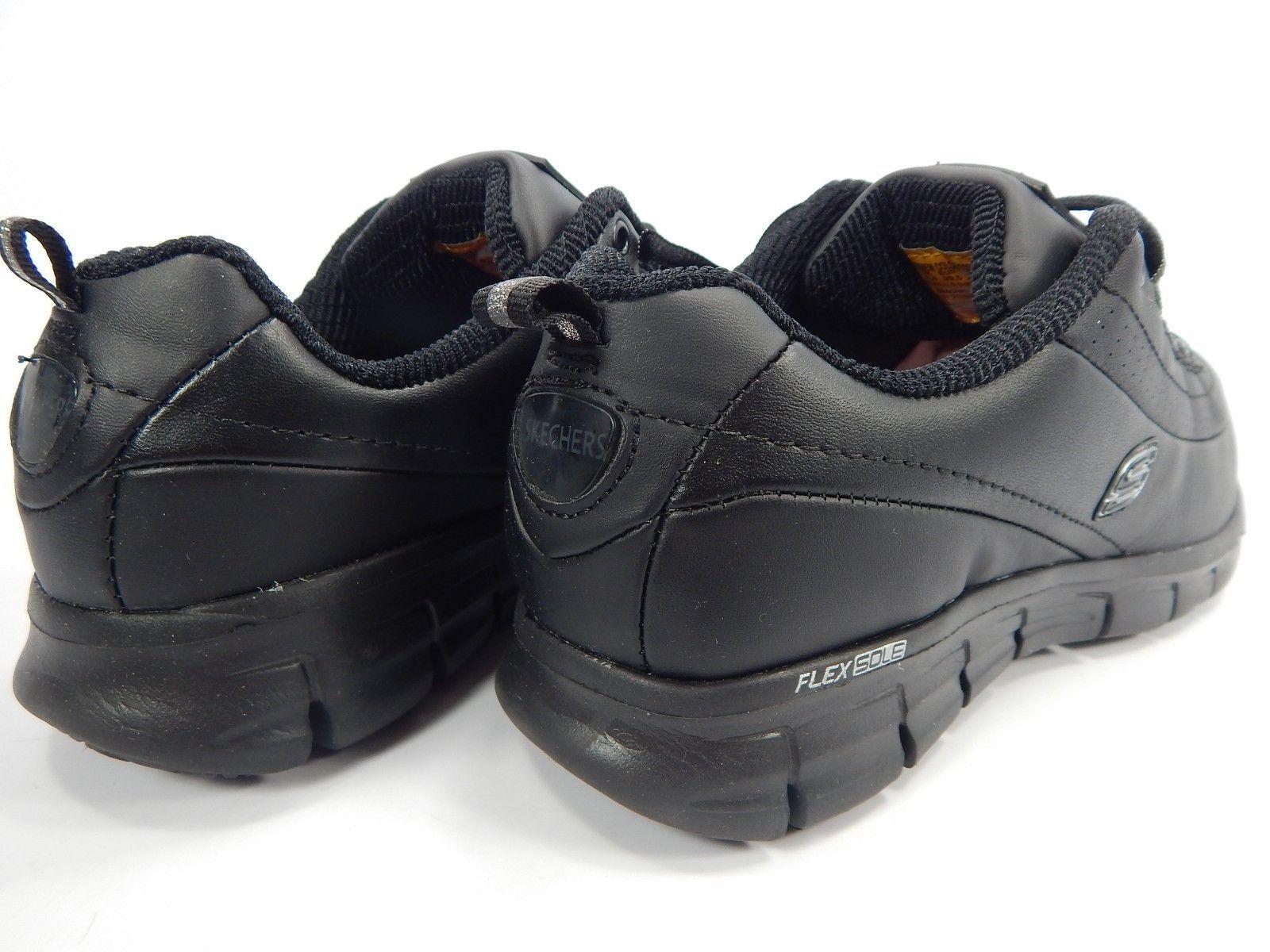 MISMATCH Skechers Work Shoes Women's Size 9 M Left & 9.5 2E EXTRA WIDE Right