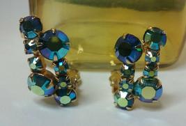 "Vintage Jewelry: 1"" Iridescent Blue Rhinestone Clip On Earrings 01-04-2019 - $9.99"