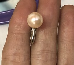 Vintage 1950s Faux Pearl Champagne Colored Screw Back Clip On Earrings EVC image 4