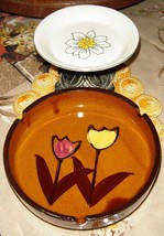 VTG MCM FLOWER POWER POTTERY ASHTRAY REPOUSSE BRASS FOOTED TRINKET DISH ... - $97.99