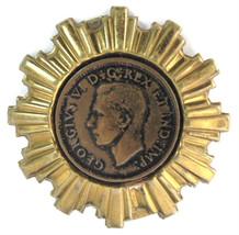 Coin Brooch King George VI England Starburst Brass Frame 1960s Royal Memorabilia - $18.00