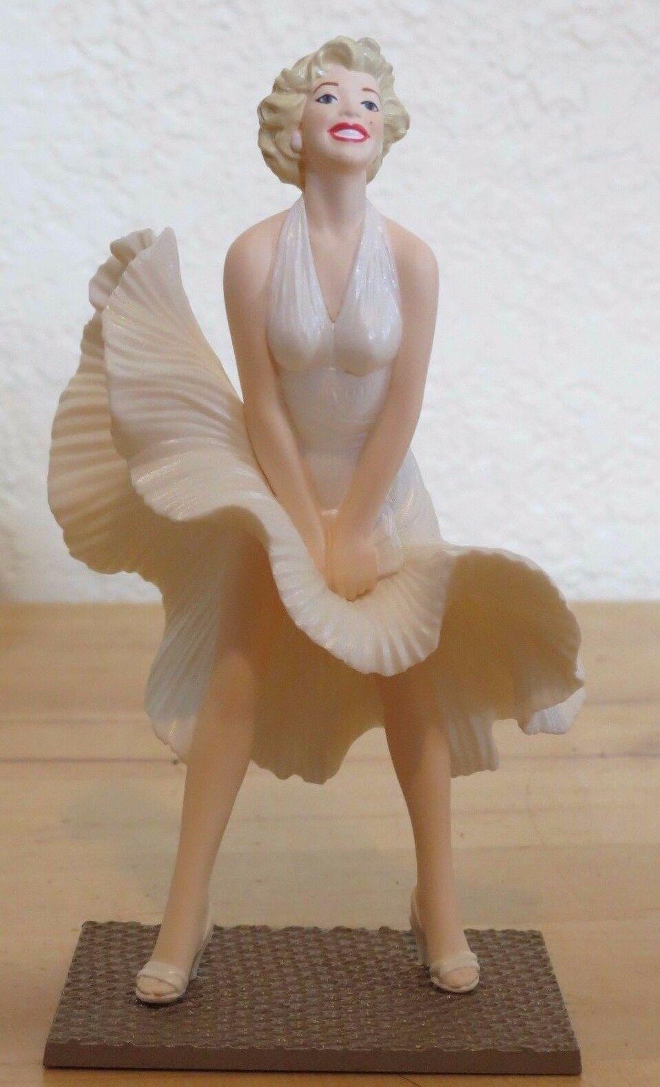 Marilyn Monroe Hallmark Keepsake Ornament 1998  in original box Seven Year Itch