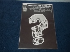 JUSTICE LEAGUE OF AMERICA SUPERMAN IS DEAD COMIC BOOK - FEB 93 DC - $1.50