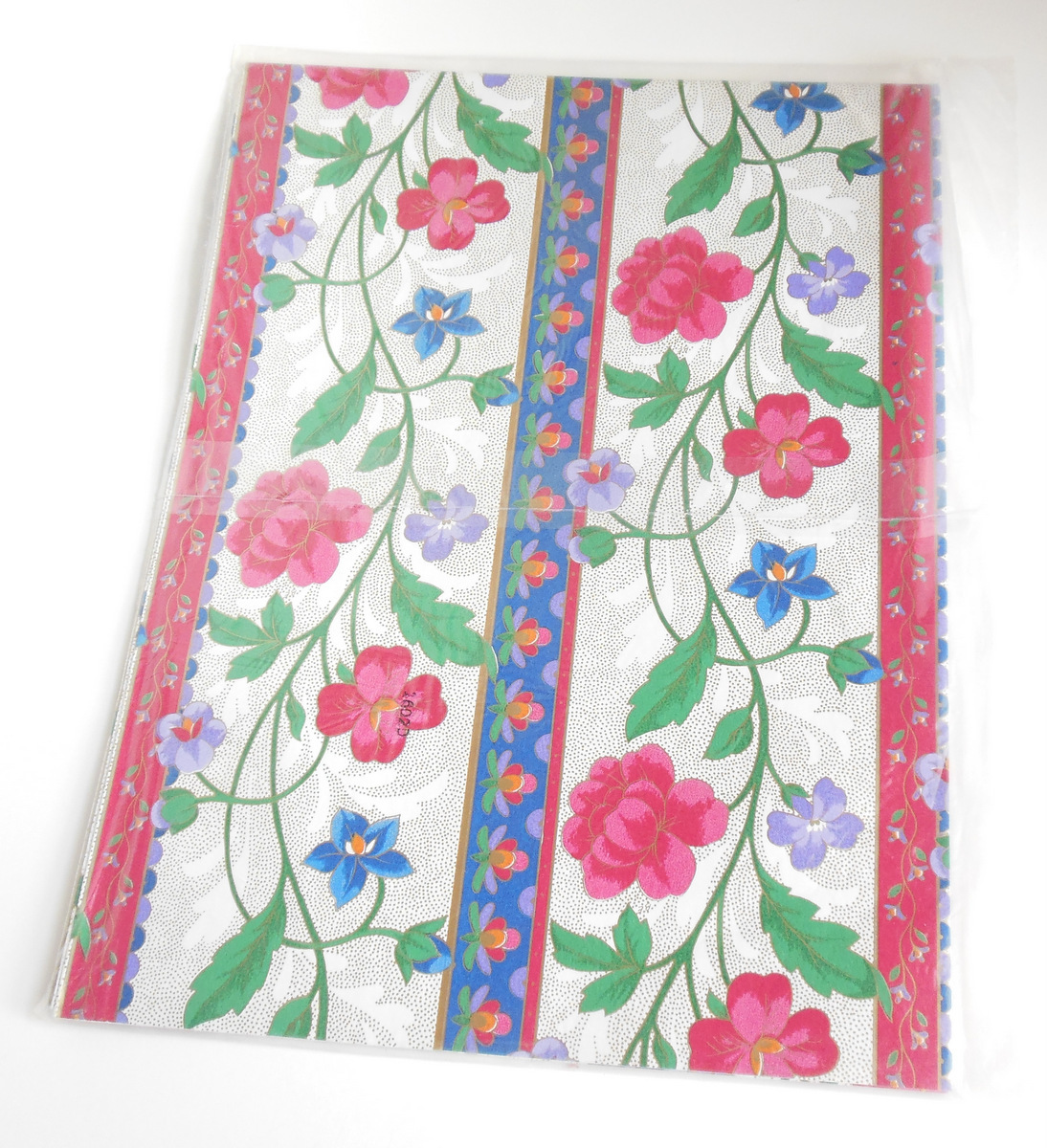 Vintage Forget Me Not American Greetings Sheet Gift Wrapping Paper Floral Pink - $8.95