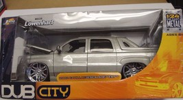 Jade Toys Dub City 2002 Silver Cadillac Escalade EXT Scale 1:24 New in Box - $40.50