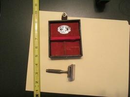 American Safety razor CO Razor & Case Shaving Safety razor DD - $14.99