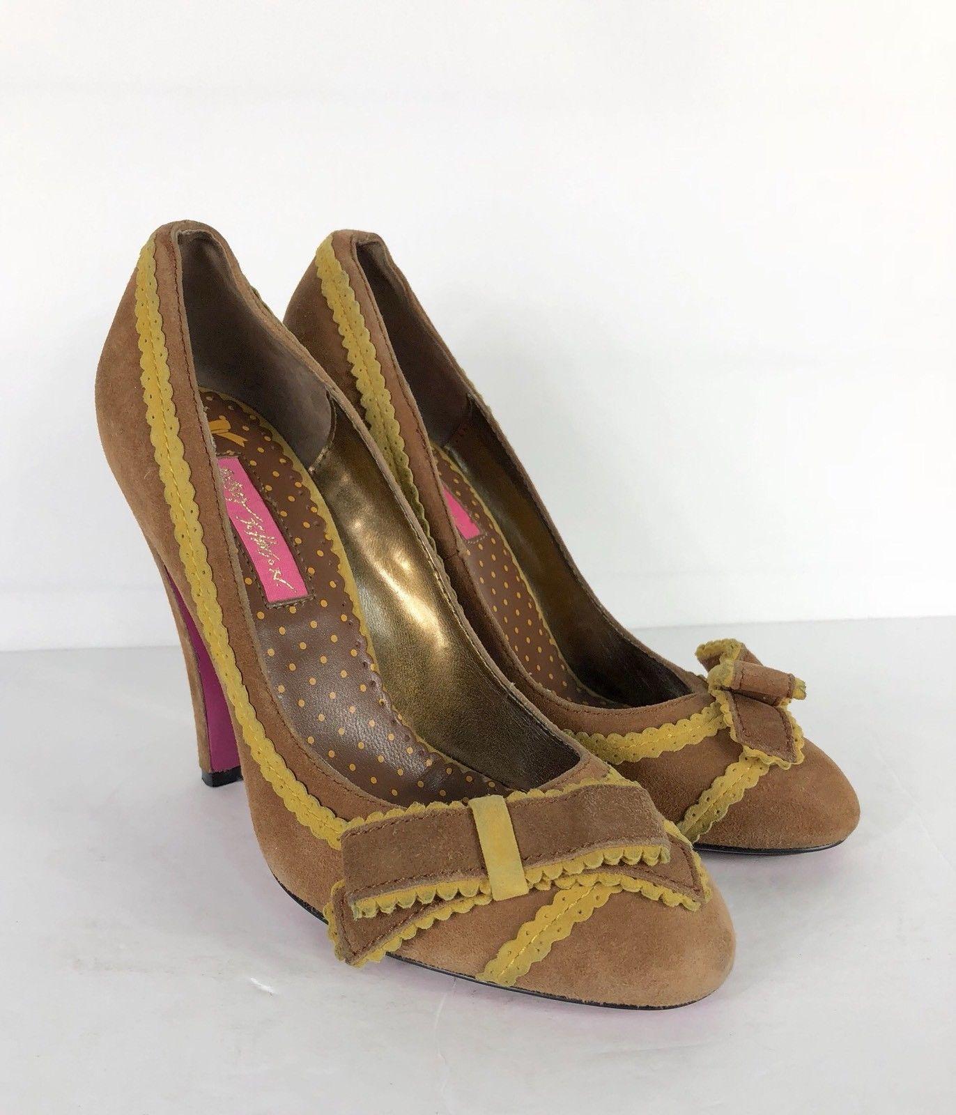 717e5e2e0a0 Betsey Johnson Pump Heels Vero Cuoio Vtg and 50 similar items