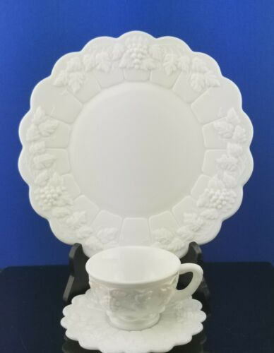 Primary image for 3pc Westmoreland Paneled Grape Dinnerware 1 Dinner Plate 1 Cup & Saucer Set
