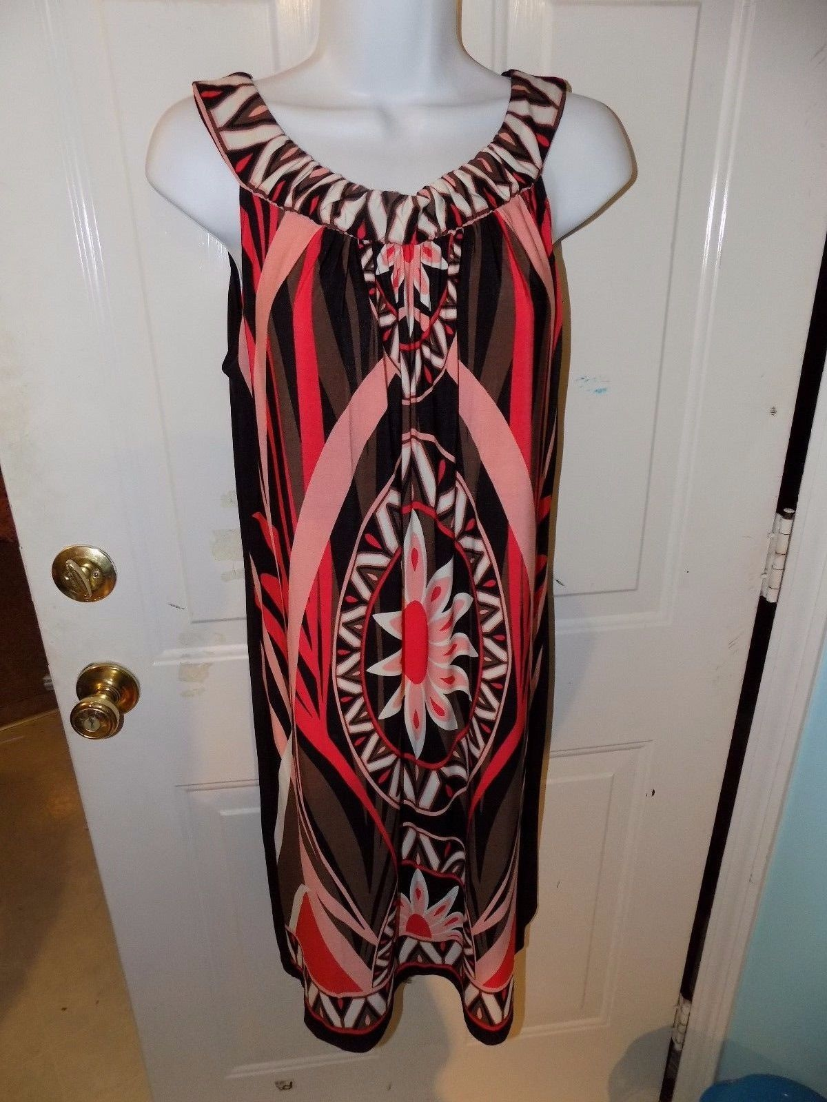Primary image for Cato Sleeveless Multi-Color Knee Length Stretch Shift Dress Size S Women's EUC