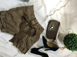 Ann Tylor Loft  Shorts Size 4 - $5.94