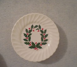4 holly berry plates holly and berry christmas plate holly dessert plates - $20.00