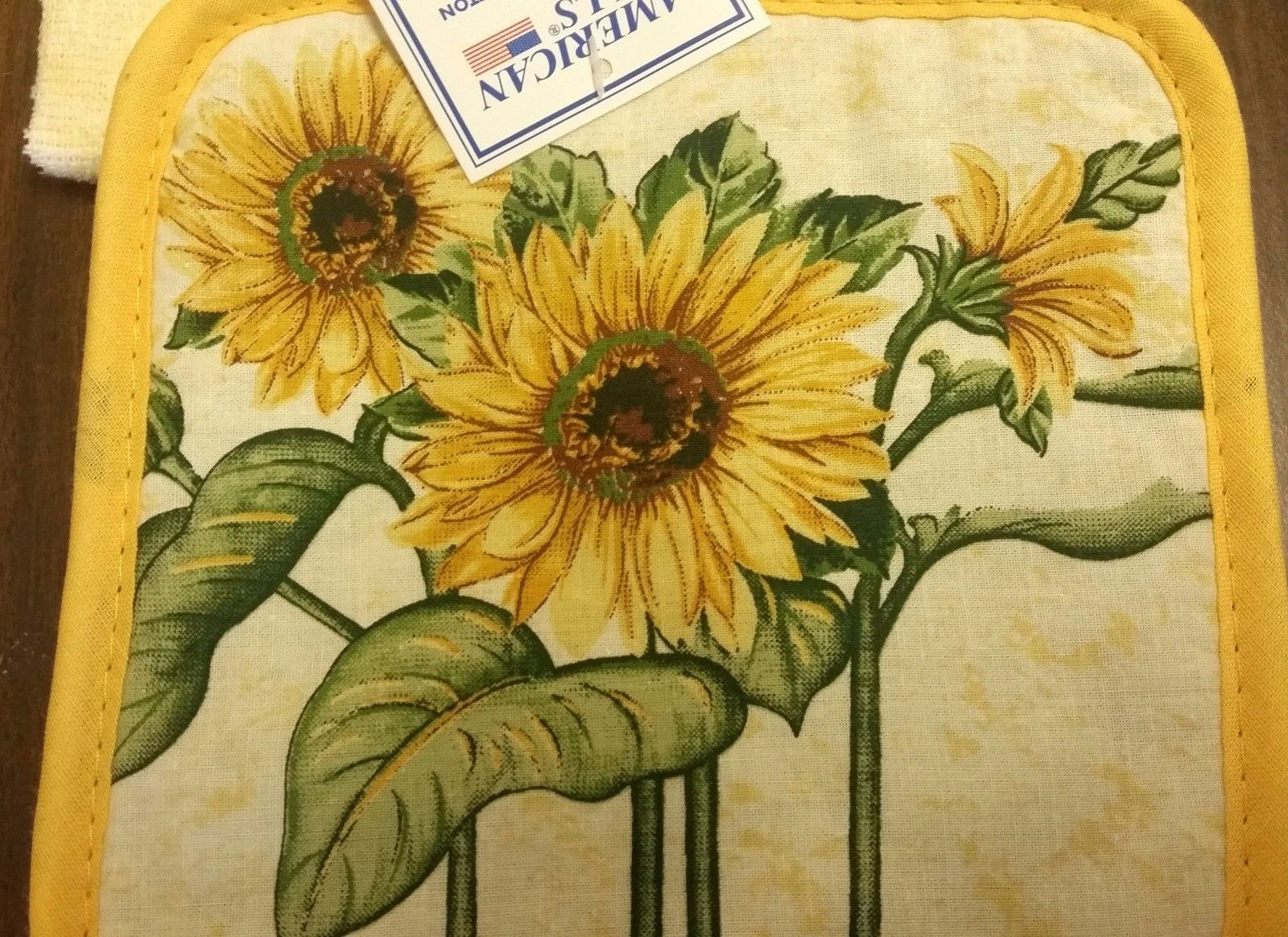2 pc Set PRINTED Kitchen Pot Holder & Towel, SUNFLOWERS, with yellow back by AM