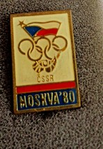 Czech Republic Moscow Summer 1980 Olympic Games Pin Pinback - $8.54