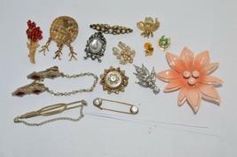 Vtg Pin Brooch lot**Metal 50's Flower Power*CORO Rhinestone*Rhinestone Bee*  etc - $20.53