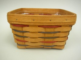 Longaberger 1993 Heartland Red Square Basket With Clear Plastic Liner - $27.30