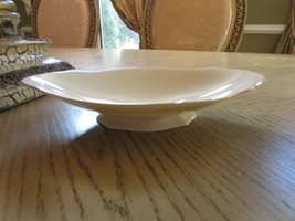 "LENOX CHINA OVAL SHORT FOOTED SMALL CENTERPIECE BOWL 9"" USA IVORY/GOLD - $8.86"