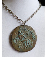 VTG Aquarius Zodaic Grape Double sided round medallion pendant chain nec... - $33.26