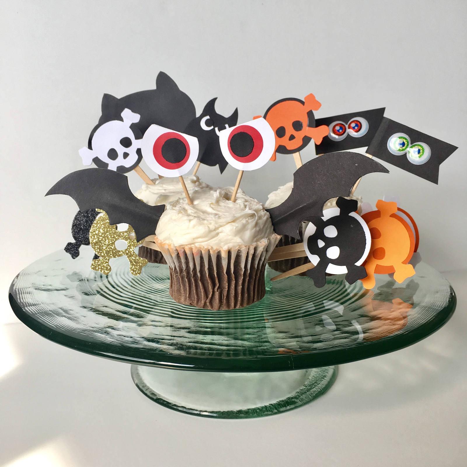 Bat Wing Cupcake Topper // Halloween Cake Picks // 24 Black Bat Wing Cupcake Top