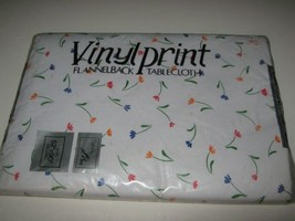 "Flower Tablecloth Vinyl Print Flannelback Oblong 52"" x 90"" NIP white multi - $9.99"