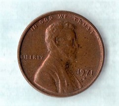 1971 D Lincoln Memorial Cent - Light Wear Very Desirable exact coin offered - $2.28