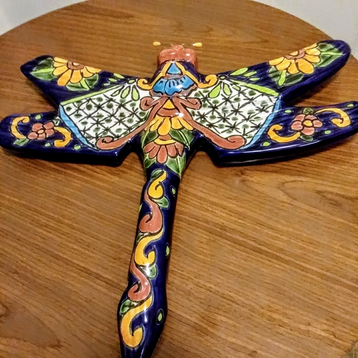 COLORFUL PAINTED TALAVERA MEXICAN POTTER DRAGONFLY CERAMIC POTTERY  Made In Mexi