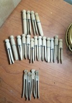 VINTAGE WOOD CLOTHES PINS ROUND FLAT TOP GROUP OF 21 GREAT CONDITION - $16.83