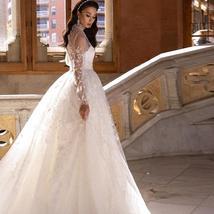 Luxury Glittery Long Sleeve High Neck A Line Lace Wedding Dress + Court Train Pl