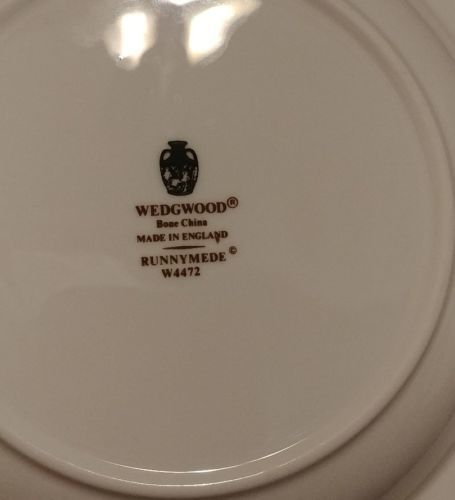 """Wedgwood RUNNYMEDE BLUE 8"""" Rimmed Soup (multiple available) image 4"""