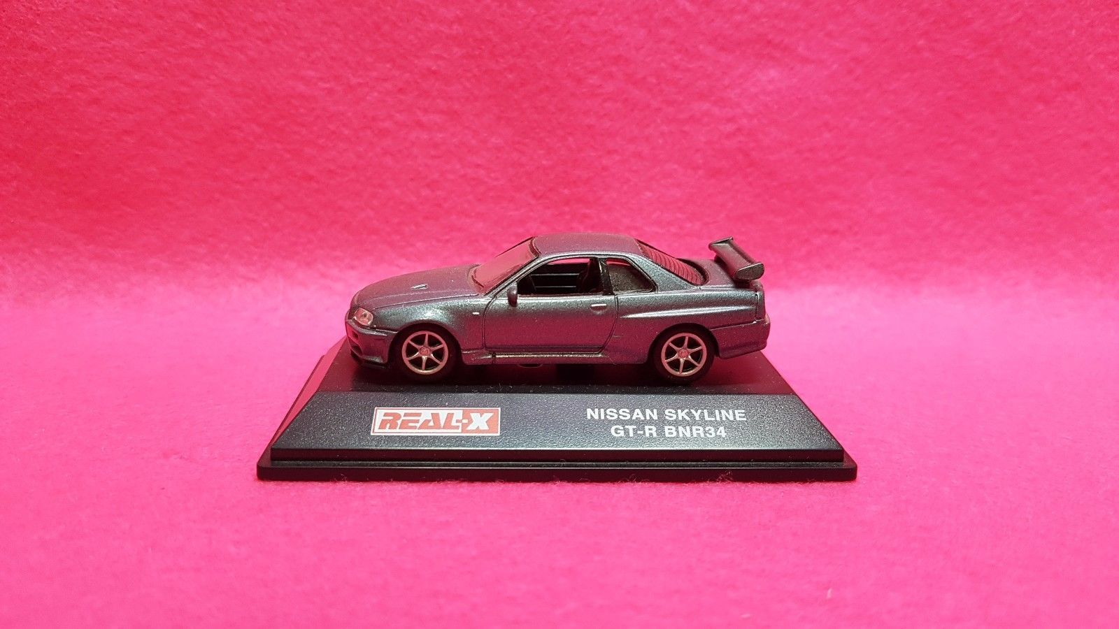 Pink Nissan Skyline Gtr R34 1 72 Real X Gt R Bnr34 And Similar Items Gray Diecast Car Model
