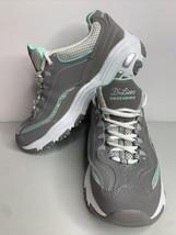 Ladies Skechers D'Lites Air Cooled Memory Foam  Size 7 Grey Mint White - $32.69