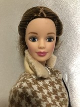 Pretty Elegant Barbie Doll Restyled 1990's - $12.86