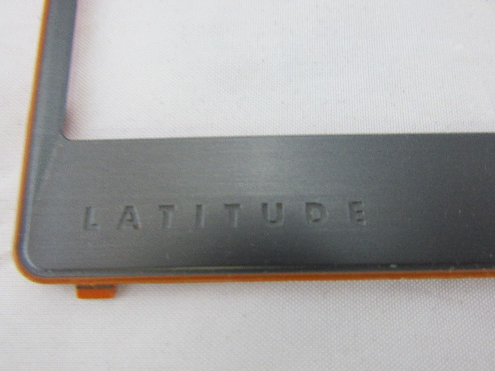 Dell Latitude E6320 / E6420 Keyboard Bezel Trim Surround P/N 2KJ1G