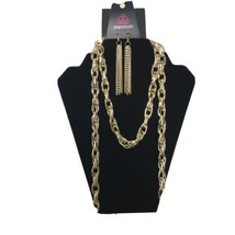 Paparazzi Blockbuster Necklace SCARFed for Attention Gold tone - $4.95