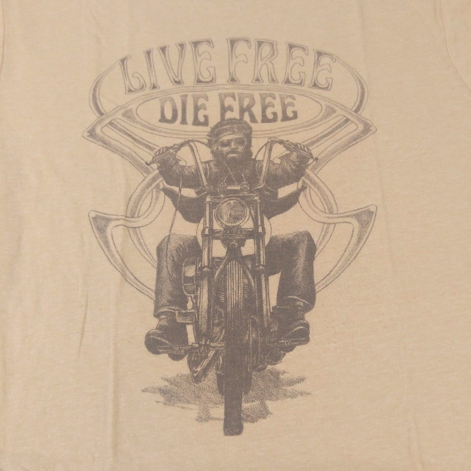 """NEW Lucky Brand T-Shirt Men's Short Sleeve """"Live Free Die Free"""" Size M  - $12.16"""