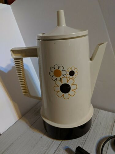 Vintage Regal Poly Perk Daisy Floral 4-8 Cup Automatic Coffee Percolator Beige