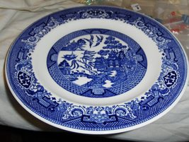 Blue Willow 10 inch Dinner Plate - $20.00