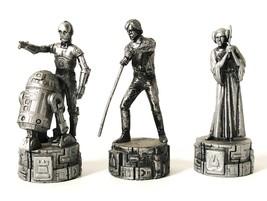 Star Wars Saga Edition Chess Pieces, C-3PO & R2-D2, Luke Skywalker, And Leia - $6.33