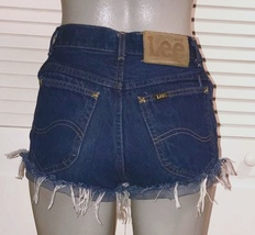 Vintage Lee Riders High Waist Cut Off Mom Shorts~3/4~ - $15.00