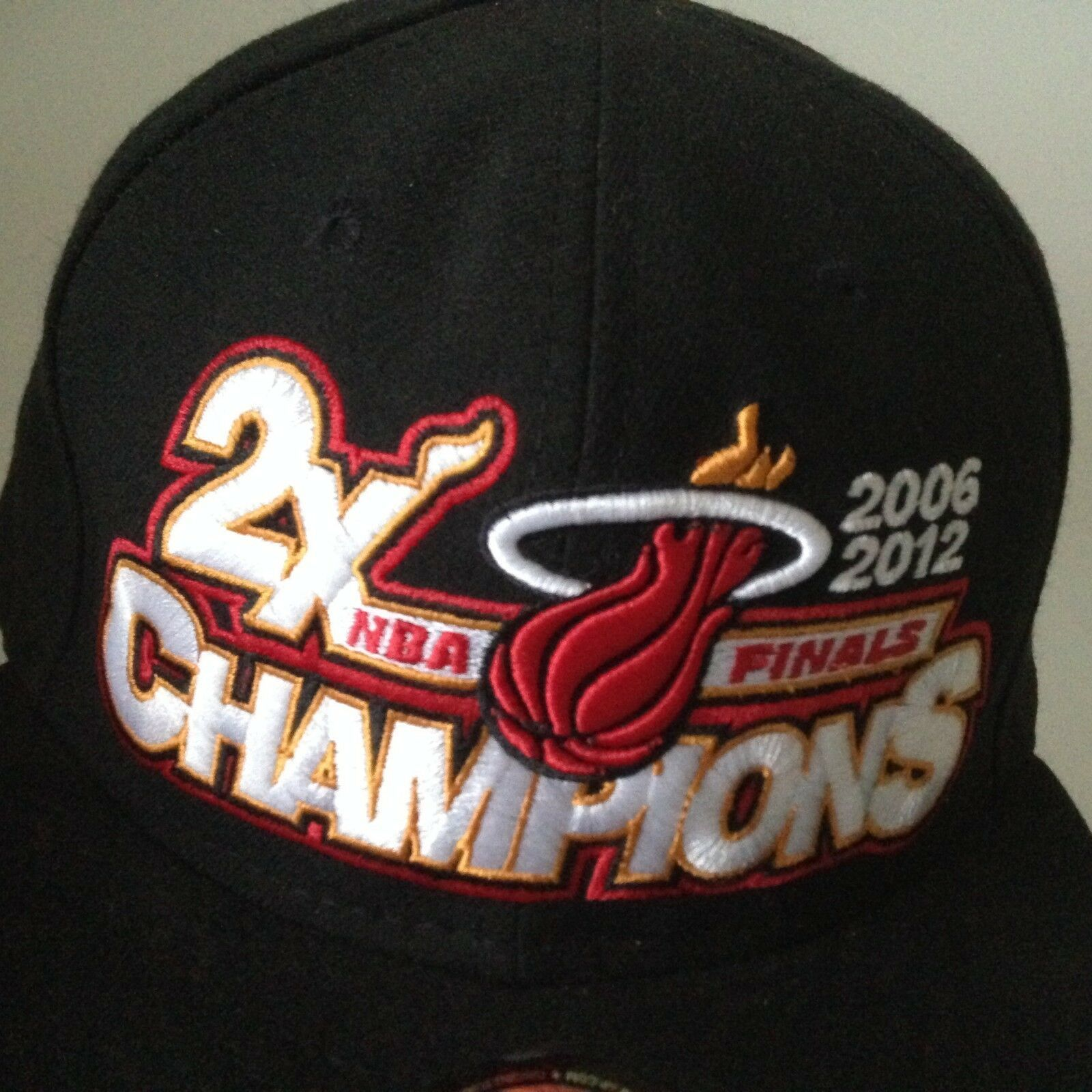 Miami Heat NBA Fitted Cap Hat Finals 2006/2012 Champions New Era NWT Size 7.5