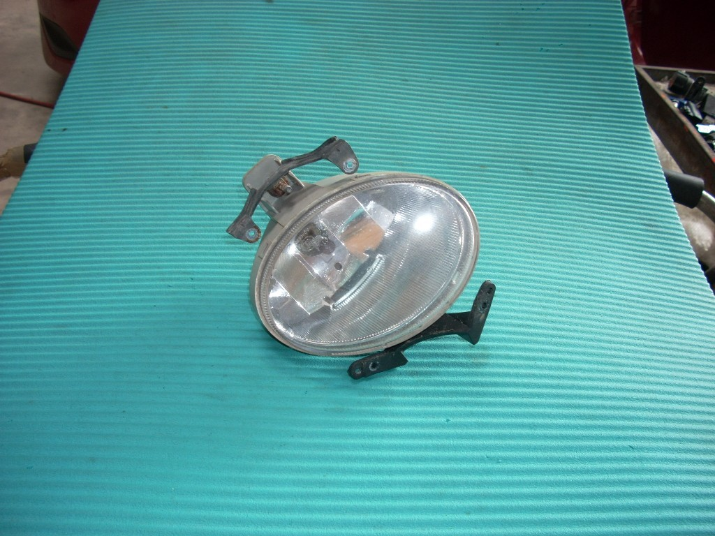 2007 2008 2009 HYUNDAI SANTA FE LEFT DRIVER SIDE FRONT FOG LIGHT BUMPER MTD OEM