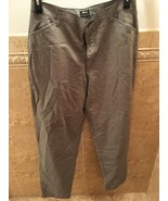 Riders Casuals By Lee Slash Pocket Pant Size 14 Black And White - $8.42
