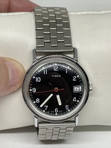 Vintage men's Timex 16570-10578 calendar watch see description - $98.99